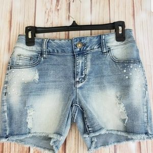 New Cato Shorts Light Wash Size 4 Distressed